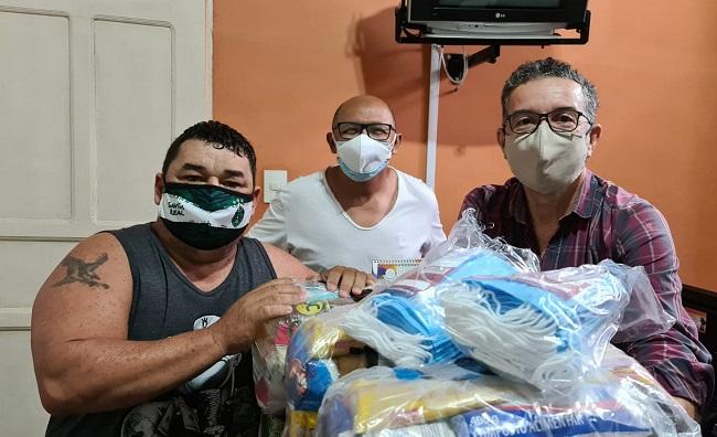 Sindicalizados recebem cestas e máscaras